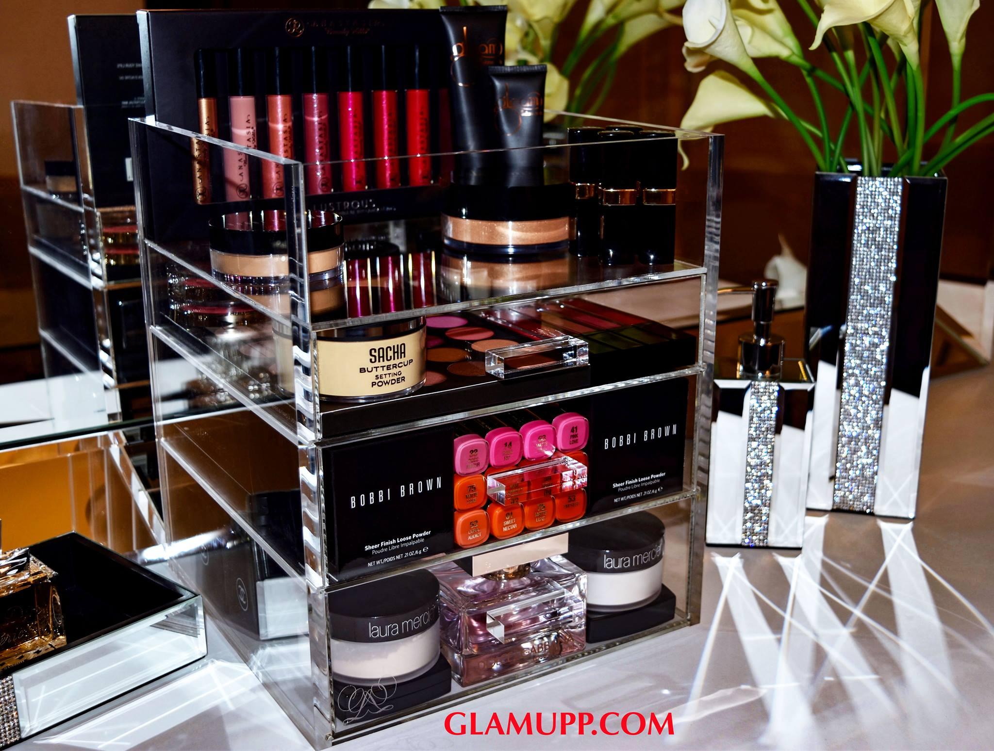 Vanity set makeup
