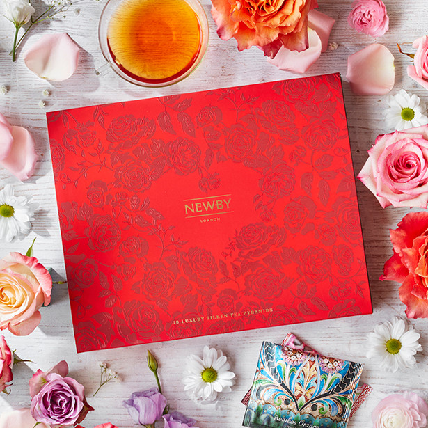 Gift Box Ballymena : Newby teas launches from the heart with love gift box