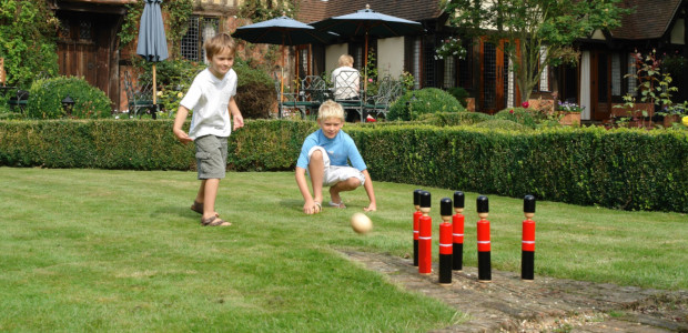 Wonderful Games for Summer… from Jaques London… jaqueslondon.co.uk Jaques of London Games and Memory makers Teaching the world to learn with our Mini Minds Hub Complete Kubb Set Kid's Kubb […]