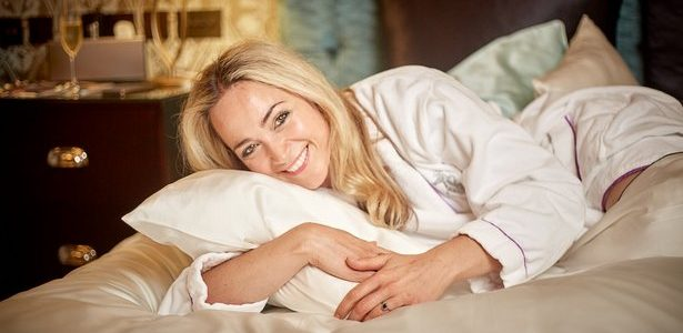 Luxury Gift. MayfairSilk®. mayfairsilk.com MayfairSilk offers silk pillowcases, bed linen, home furnishings and lifestyle accessories in the finest 22-25 momme MulberrySilk. Benefits of sleeping in silk are numerous for health, […]